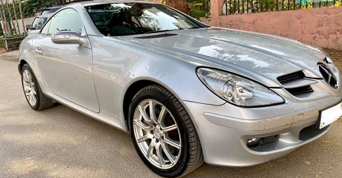 Pre-owned Mercedes-Benz SLK 350 Convertible selling for less than 20 lakhs