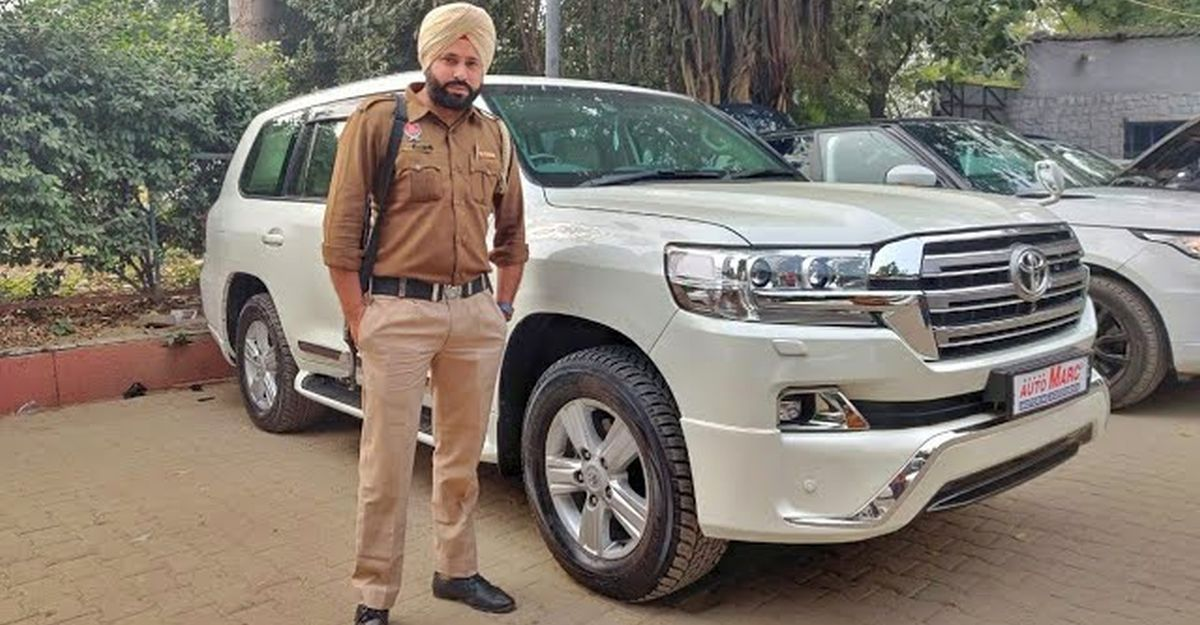 Vlogger takes a closer look at Chief Minister's Bulletproof Toyota Land Cruiser