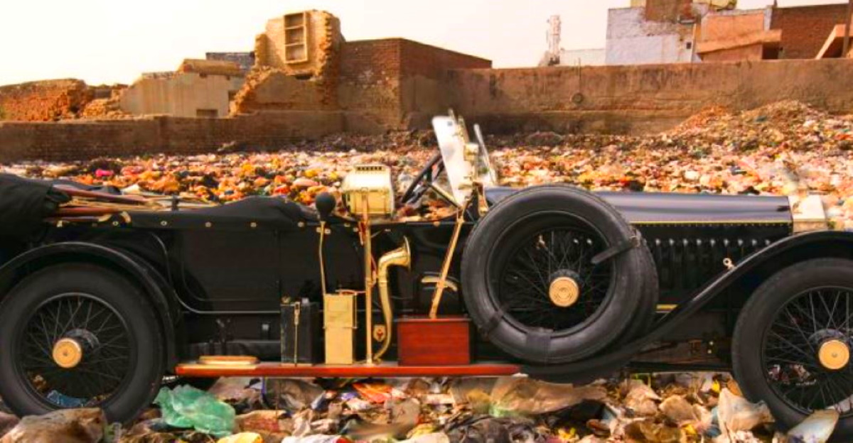 Indian maharajah using Rolls Royce super luxury cars for garbage collection: Fact or Myth!