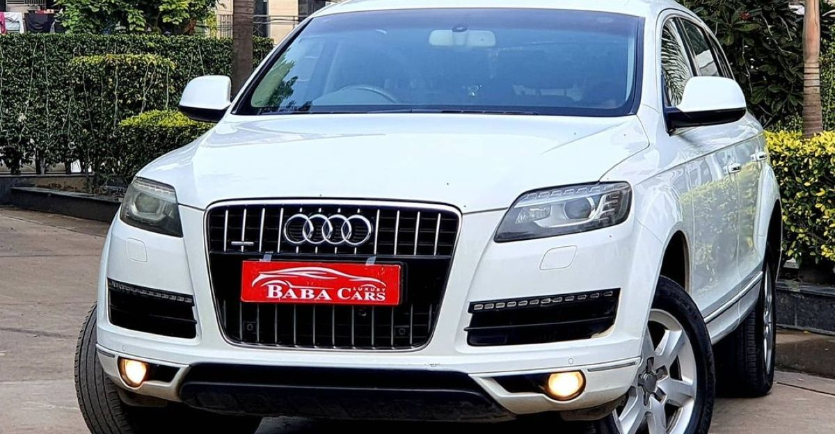 Pre-owned  Luxury SUV Audi Q7 selling at the price of mid-size SUV