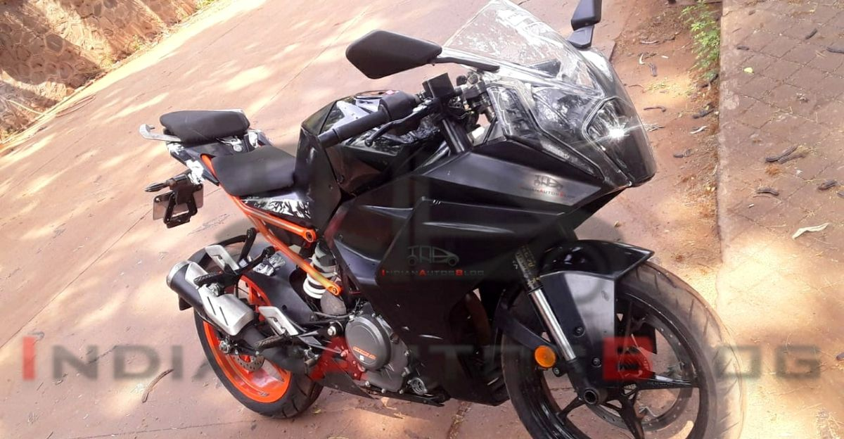 KTM RC390 spied for the first time: Clear pics