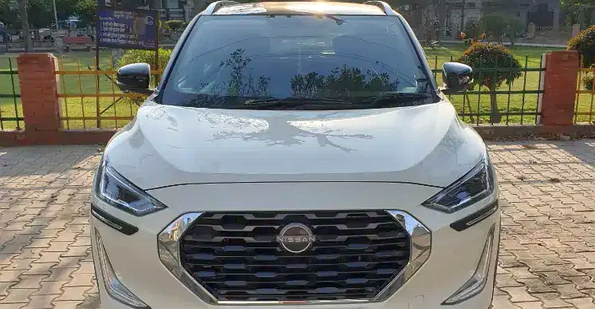 3 almost-new Nissan Magnite compact SUVs for sale