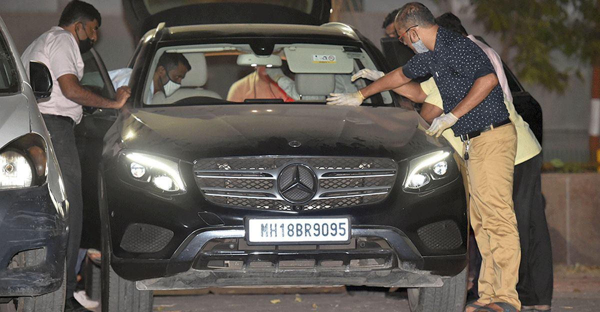 Mercedes Benz allegedly driven by Asst Police Inspector Sachin Vaze seized by NIA