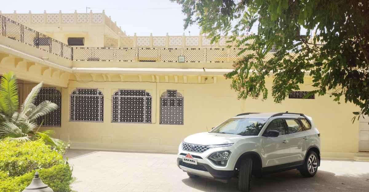 Maharani of Jodhpur takes delivery of the all-new Tata Safari, her 4th Safari SUV!