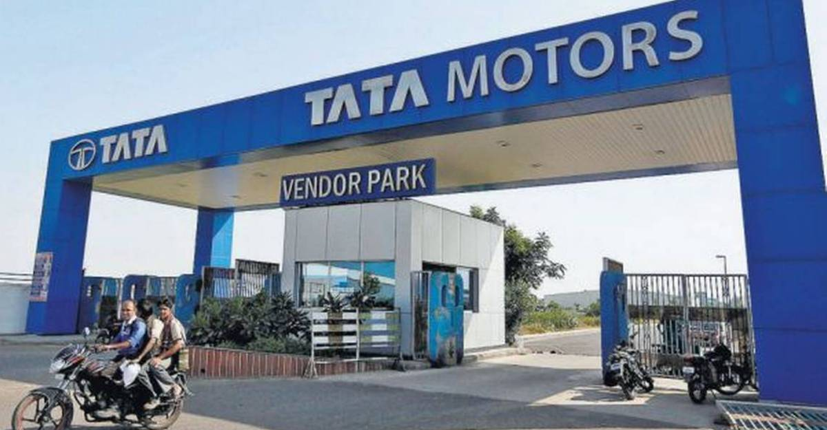 Tata Motors production at Pune factory continue with limited workforce