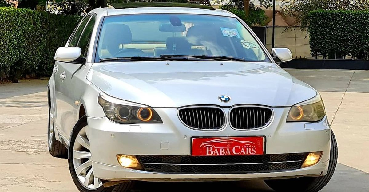 Pre-owned Mercedes Benz & BMW luxury cars selling at super affordable prices