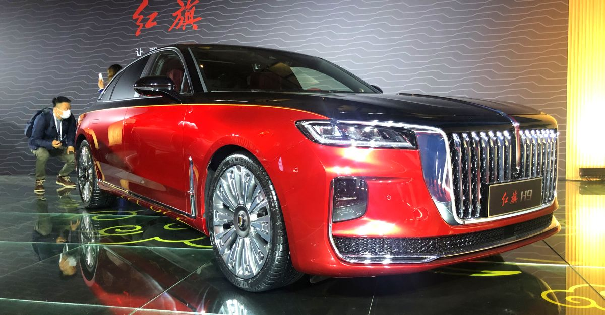 China's most luxurious copycat car is a mix of Rolls Royce & Bentley