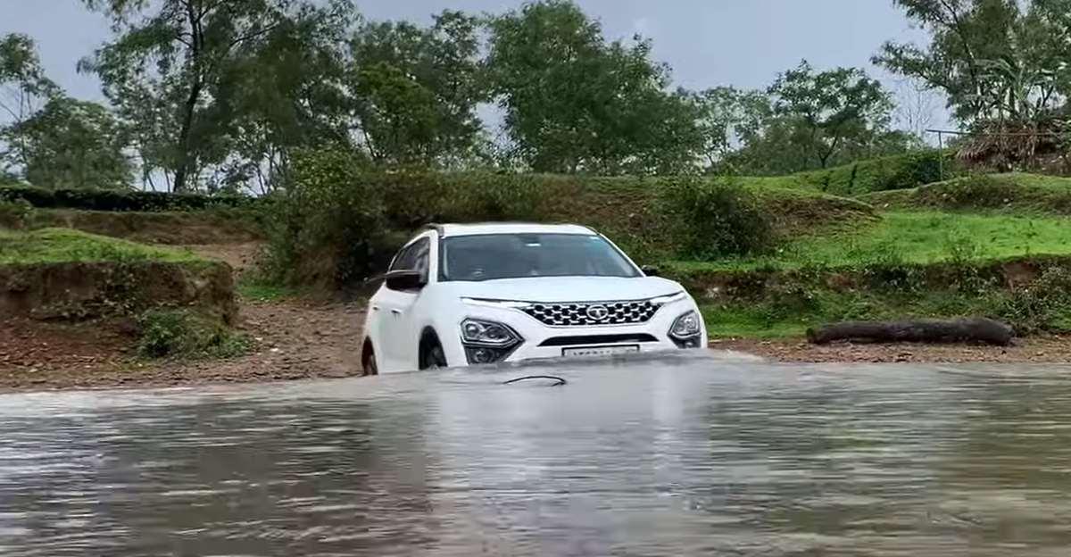 Watch the new Tata Safari cross a river [Video]