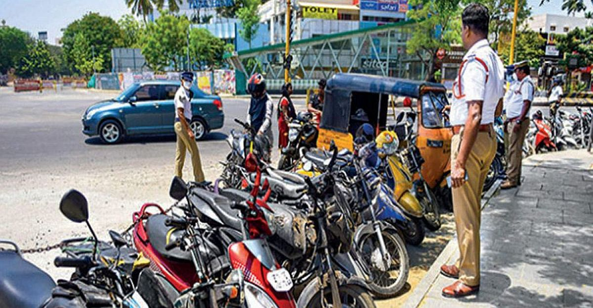 Bengaluru Police to seize vehicles & arrest people who violate lockdown guidelines