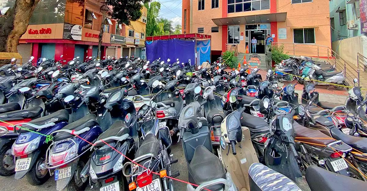 Bangalore police to release 10,000 seized vehicles after running out of parking space