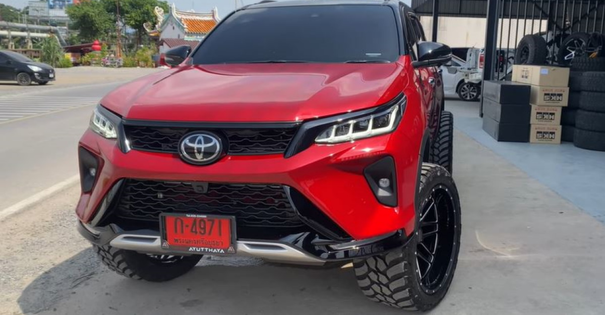 Toyota Fortuner Legender SUV modified with massive wheels looks STUNNING