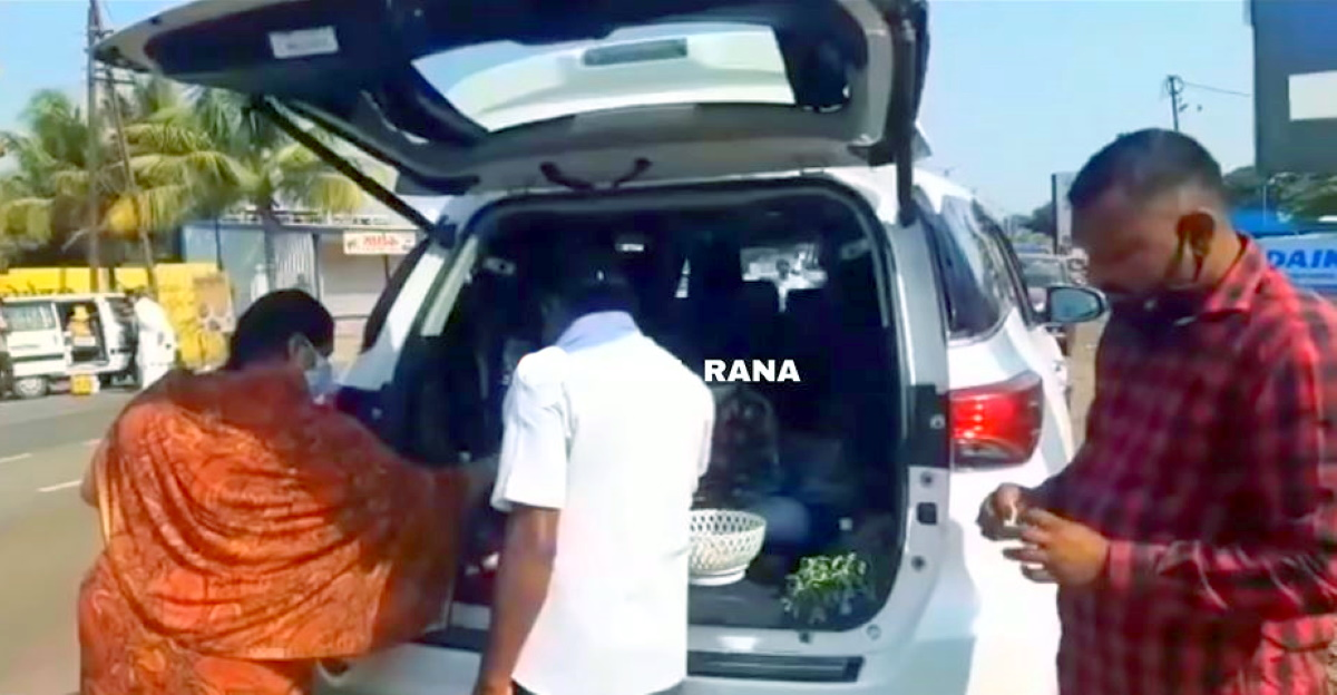 Vegetables sold from new Toyota Fortuner is next level crazy