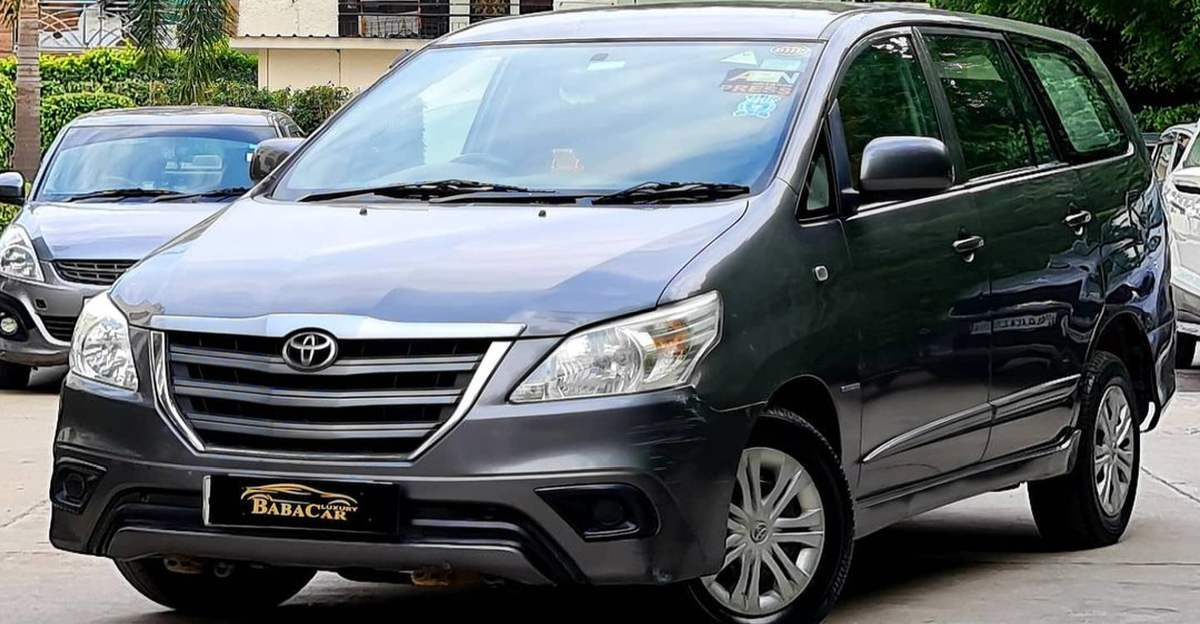 Toyota Innova with DC modified lounge available for sale