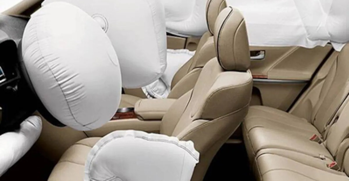 Govt. extends deadline for mandatory dual airbags in new cars