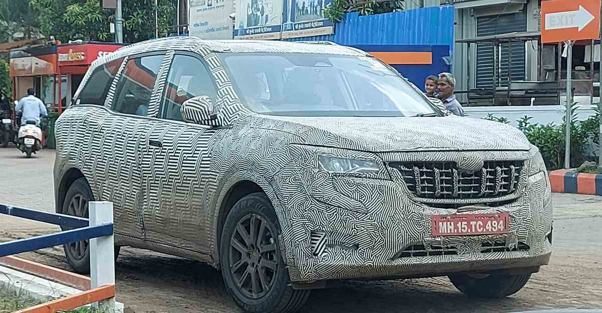 Mahindra XUV 700 spotted ahead of launch