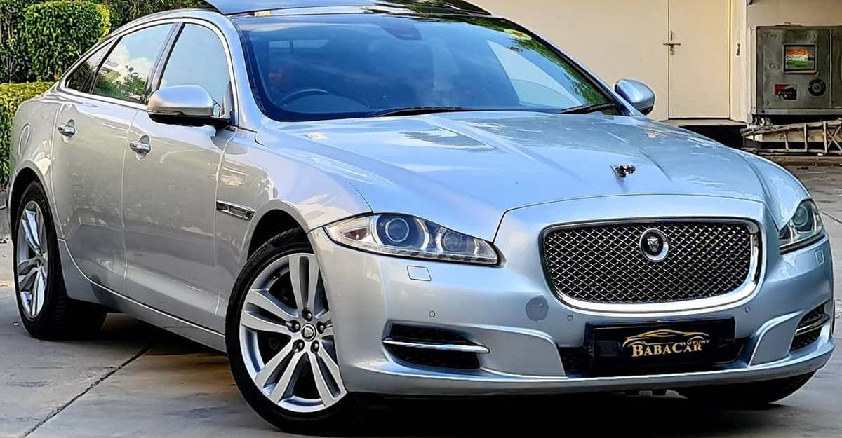 Jaguar XJ-L super luxury sedan selling at Honda City prices