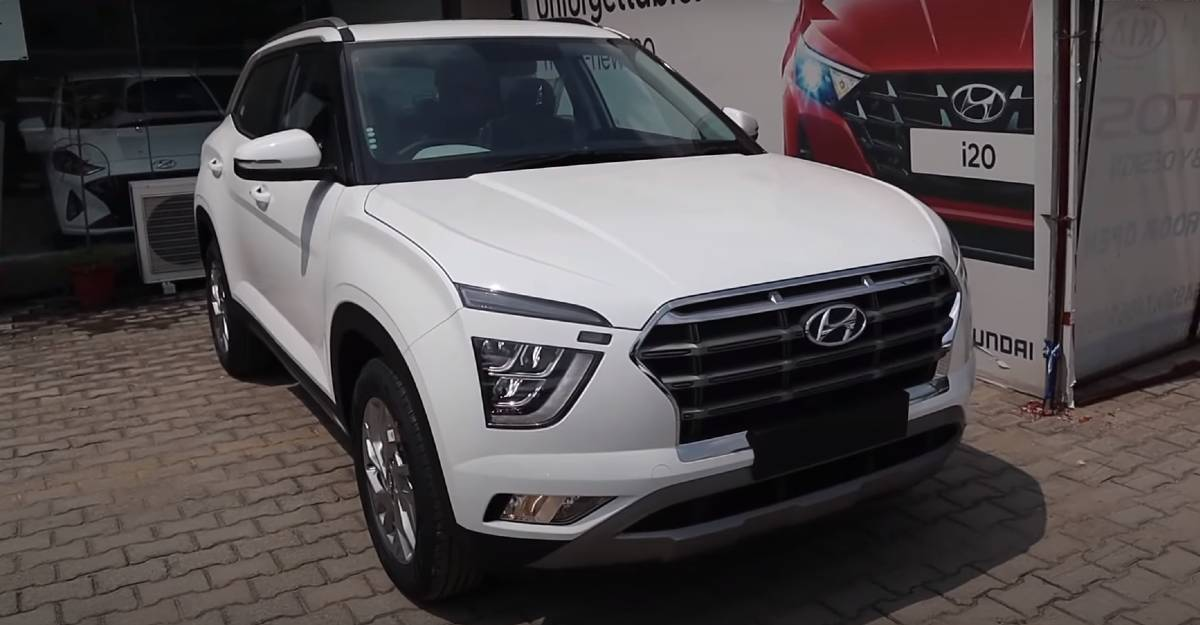 Hyundai Creta SX Executive in a walkaround video: India's most affordable SUV with a panoramic sunroof