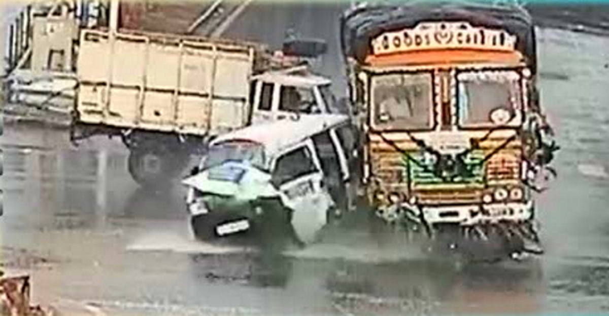 Jumping the signal is very risky: Hyderabad police puts out a video showing why