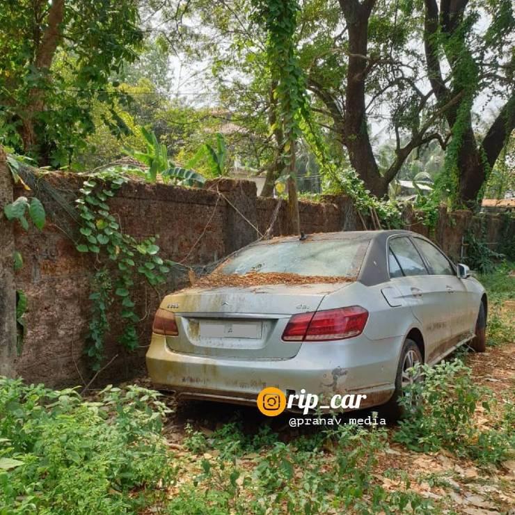 Autos súper exóticos de nueva generación abandonados en India: Jaguar XF a Rolls Royce Phantom