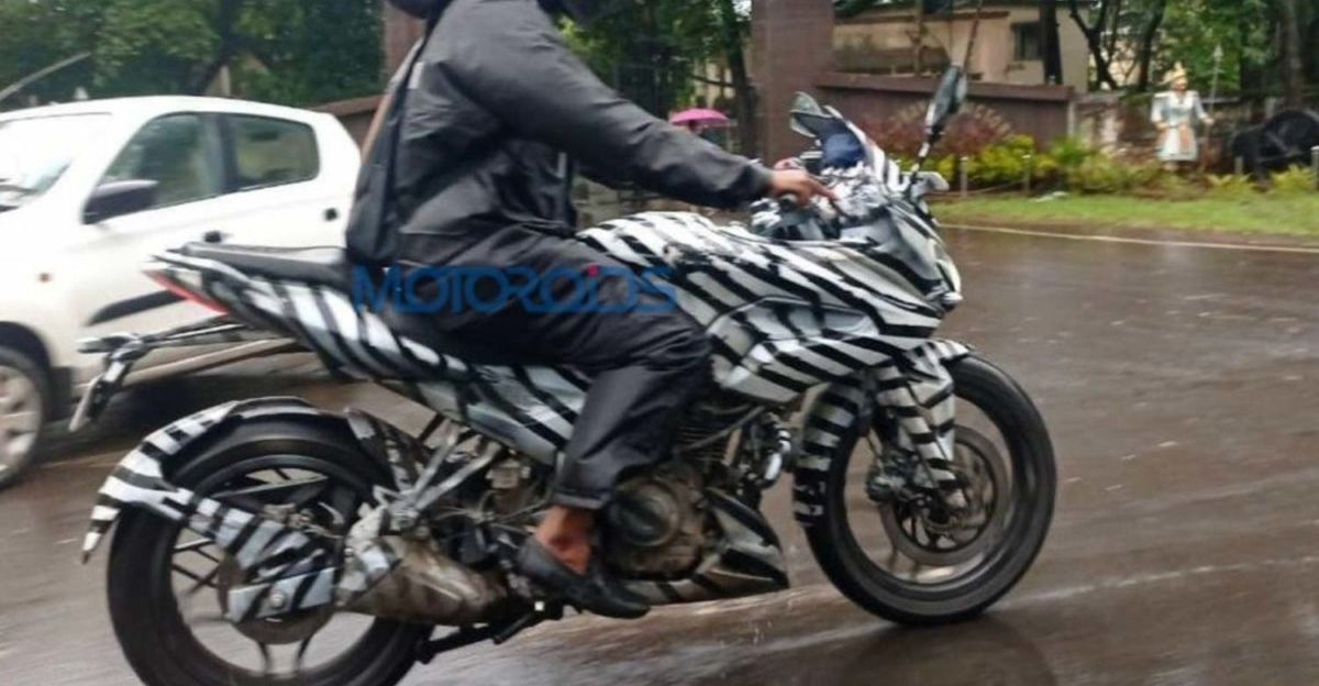 Bajaj Pulsar 250F: New spy pictures of the upcoming motorcycle surface online