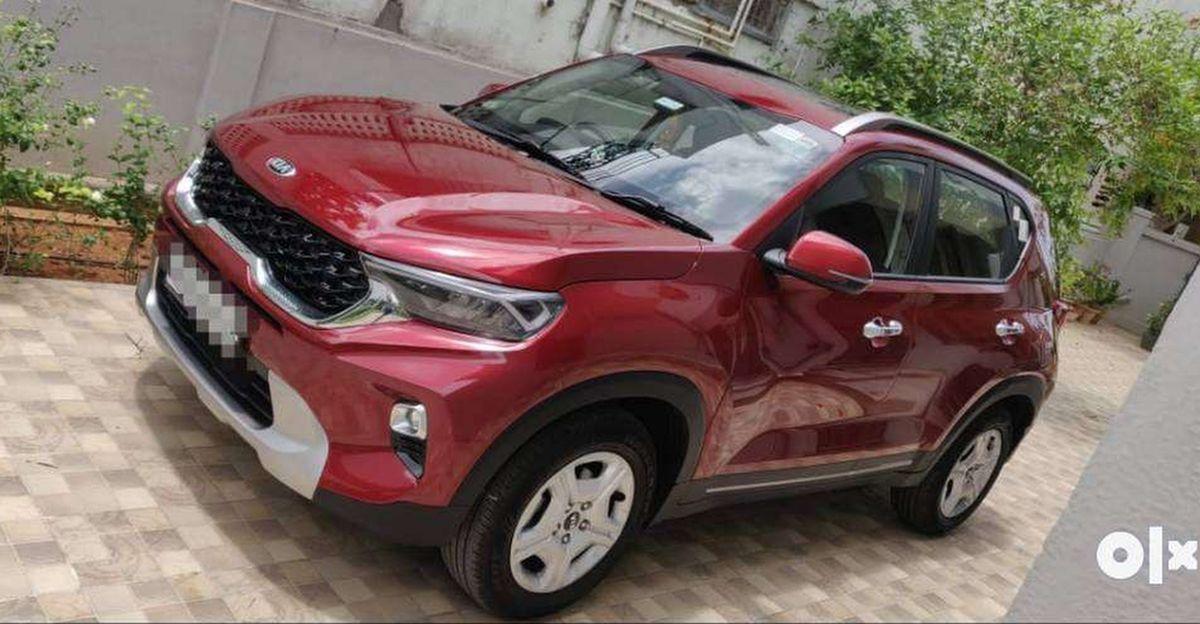 Almost-new Kia Sonet compact SUVs for sale