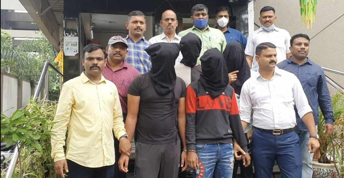 Maruti Eeco Silencer stealing gang arrested from Thane
