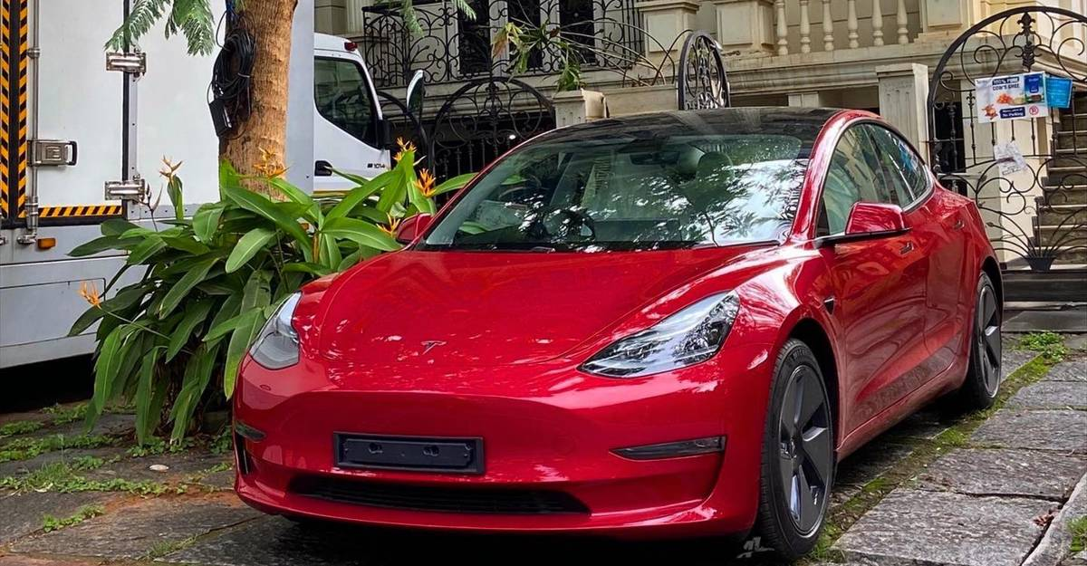 Indian Govt to Tesla: Will lower import duty if you set up factory in India