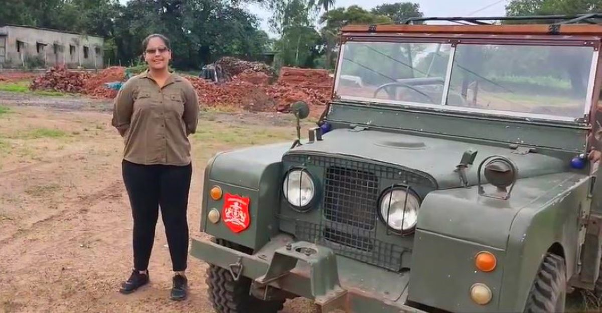 Meet the teenage Indian girl who drives a 50 year-old vintage Land Rover