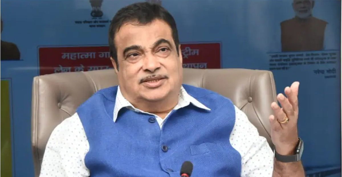 Automakers should promote alternative fuels & discourage diesel: Transport Minister Nitin Gadkari