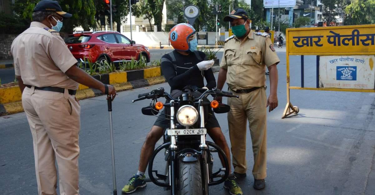 Stop checking vehicle documents says Mumbai police commissioner