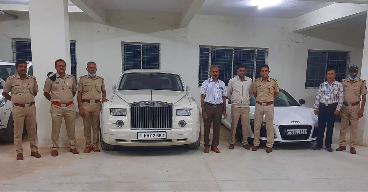 RTO officials seize 17 super exotic cars including Rolls Royce that once belonged to Amitabh Bachchan [Video]