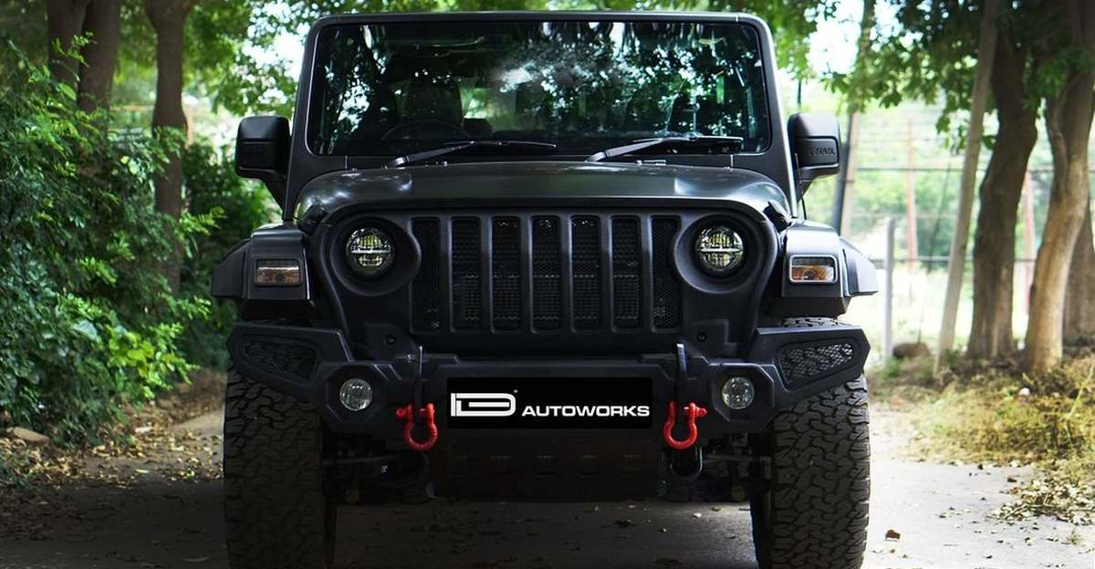 Mahindra Thar wrapped in satin black is a stunner