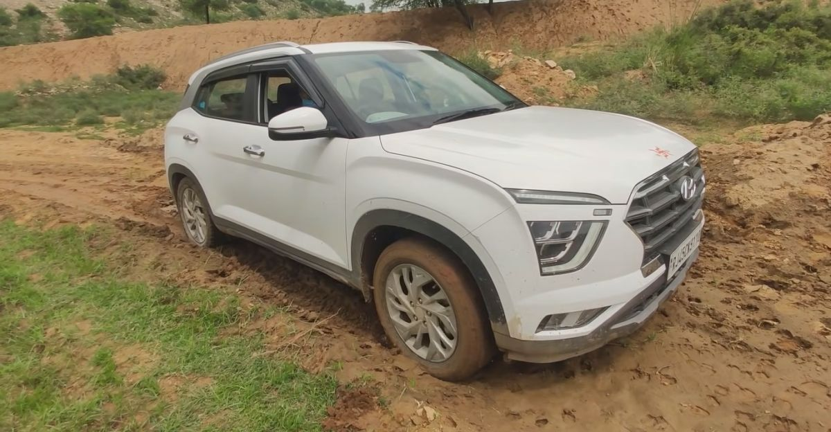 New Hyundai Creta vs Muddy Road shows why compact SUVs are not meant for off roading