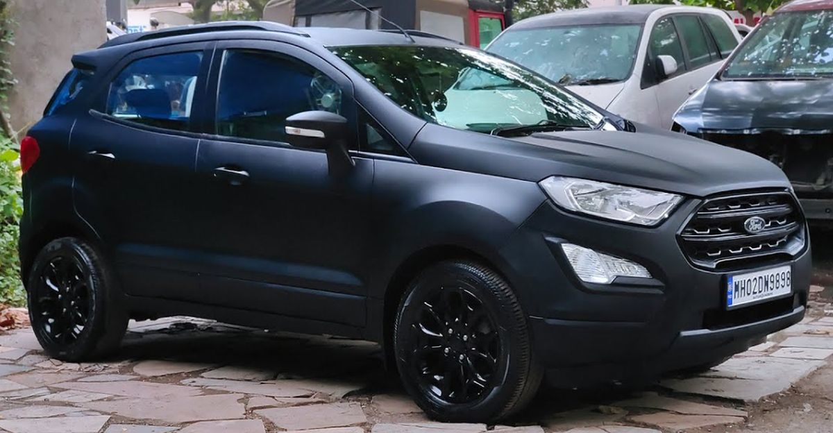 Ford EcoSport SUV with matte black paint job looks butch