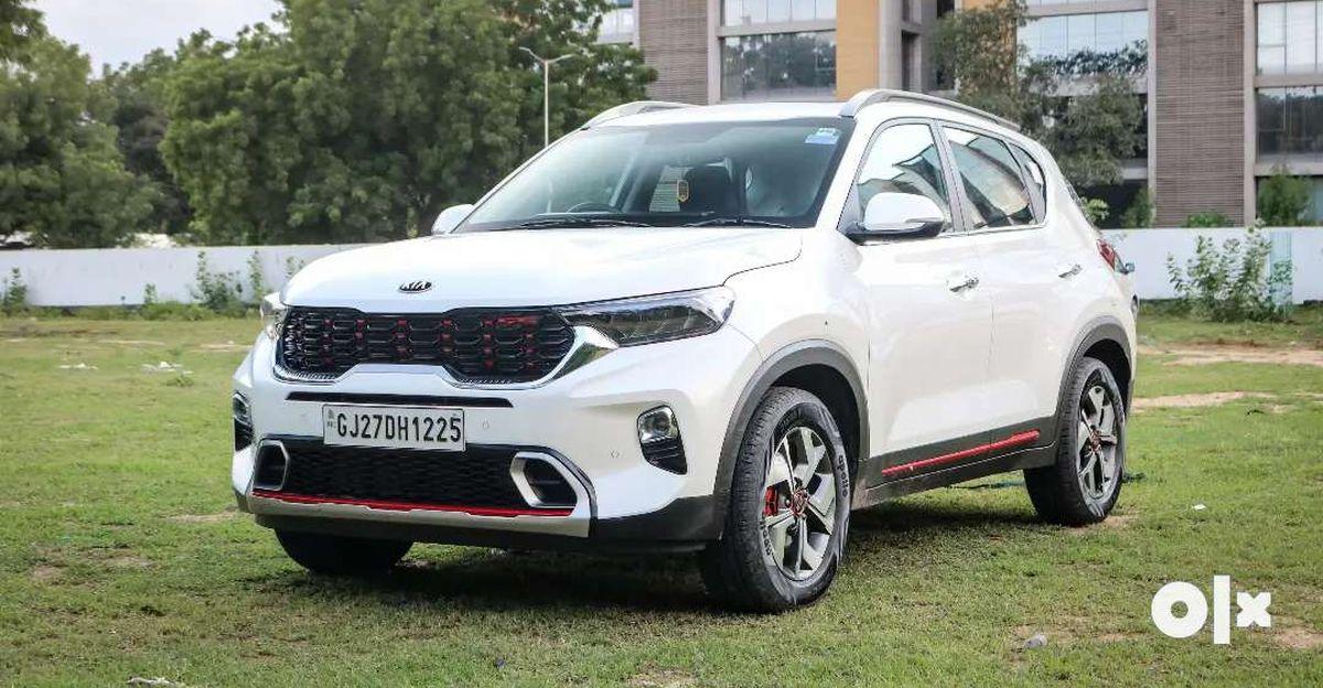 Almost new Kia Sonet compact SUVs for sale