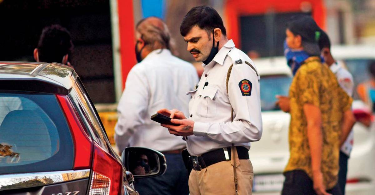 Face legal notice for not paying traffic challans: Thane Police Officials