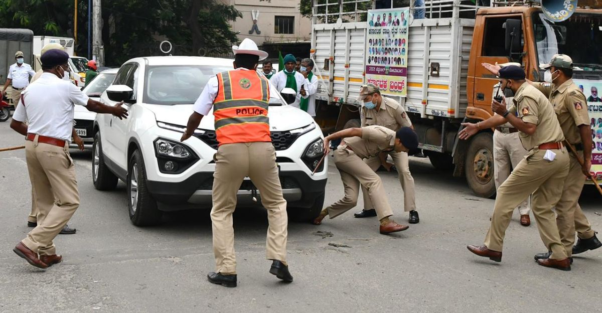 Tata Harrier runs over the foot of DCP: Driver detained by police, car seized