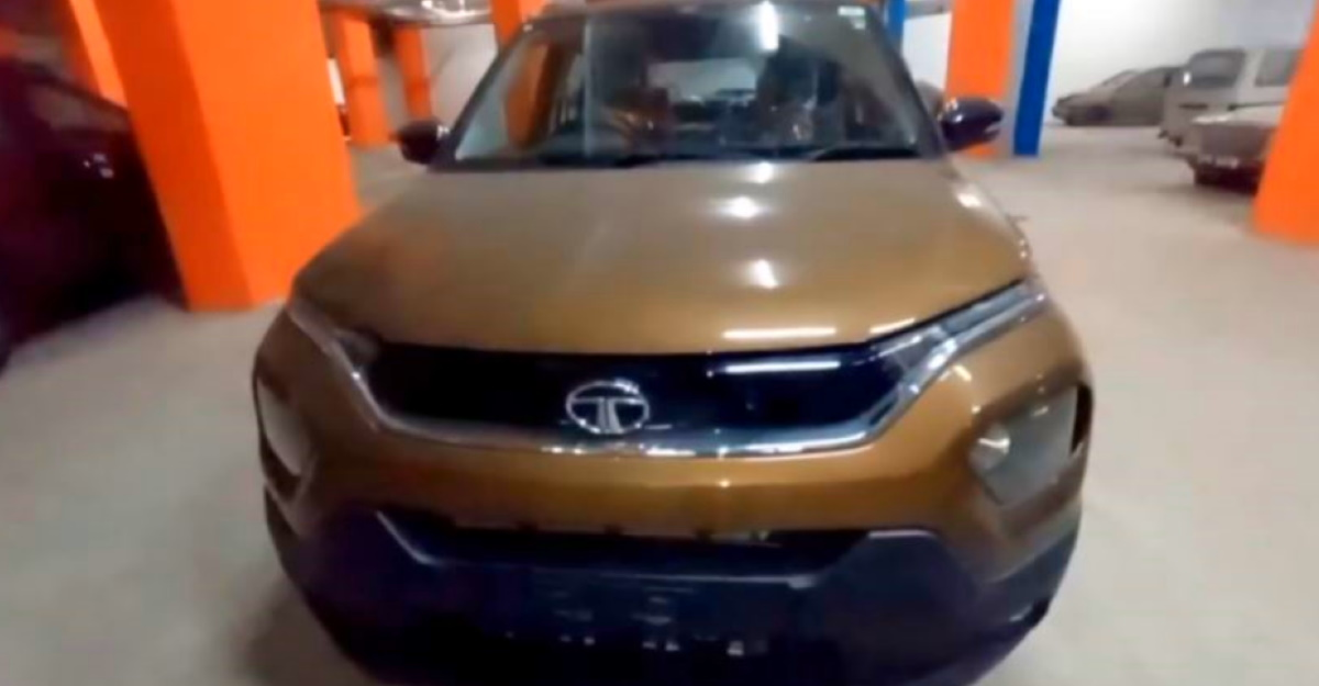 Upcoming Tata Punch micro-SUV in a 360 degree video